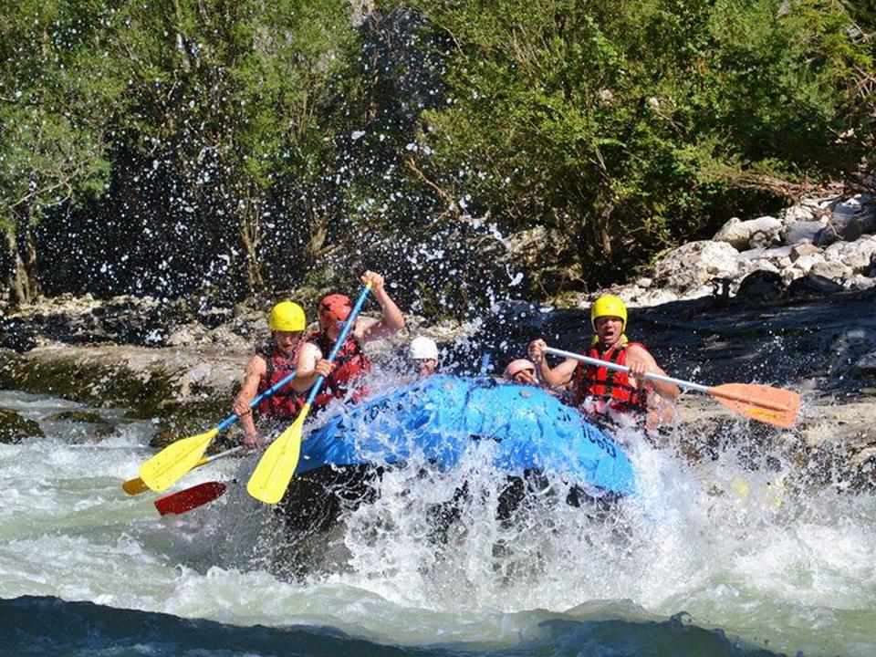 Alpesi-szállás-kalandok-rafting-www.alpesikaland.hu--2