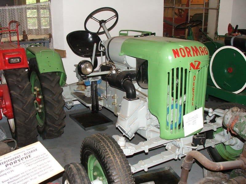 Traktormúzeum-2