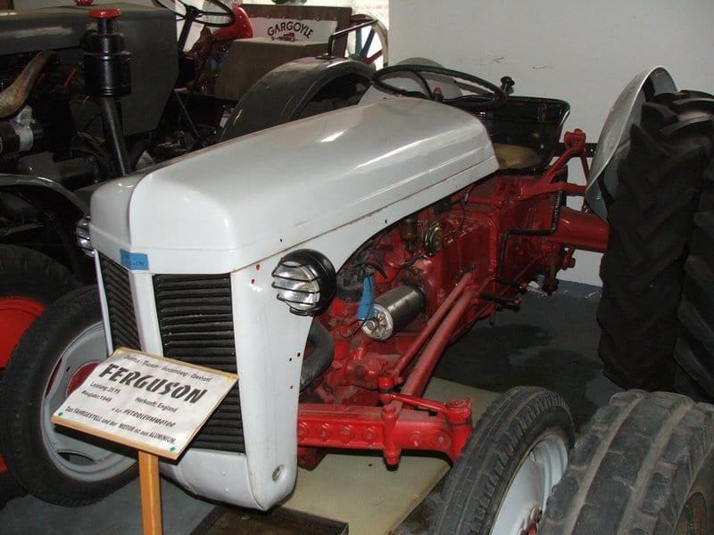 Alpesi-szállás-kalandok-Traktormuzeum-www.alpesikaland.hu-3
