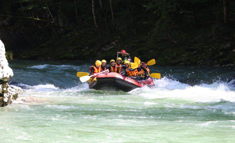 Alpesi-szállás-kalandok-rafting-www.alpesikaland.hu-1