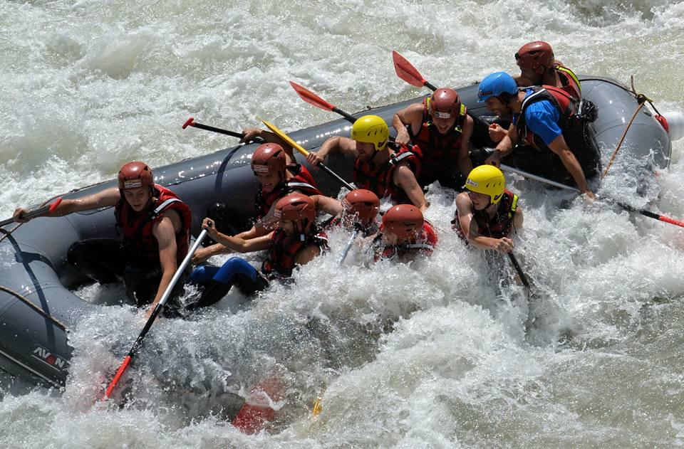Alpesi-szállás-kalandok-rafting-www.alpesikaland.hu-3
