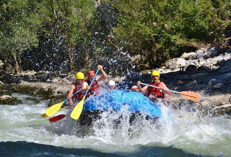 Alpesi-szállás-kalandok-rafting-www.alpesikaland.hu-6