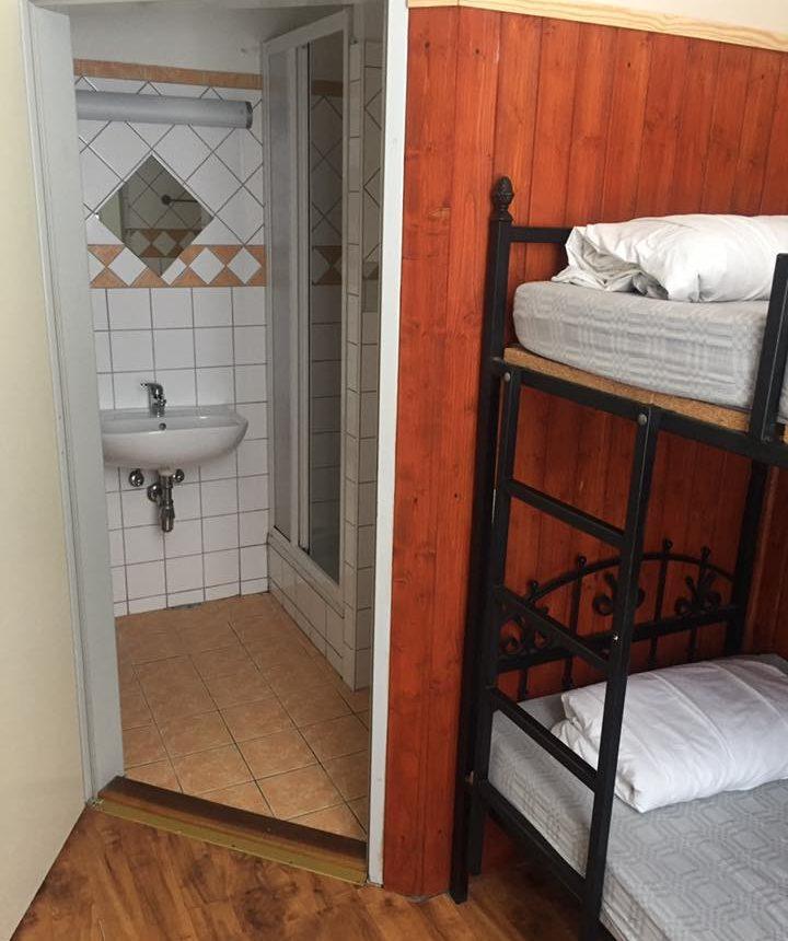 Alpesi szállás - www.alpesikaland.hu - Hotel-Banhof - HEgyi menedekhaz12